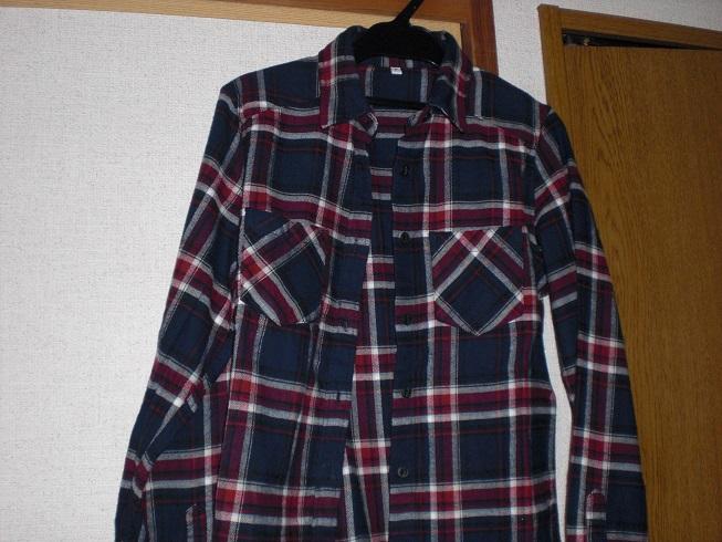 無印良品のオーガニックコットンフランネルスリムフィットシャツ